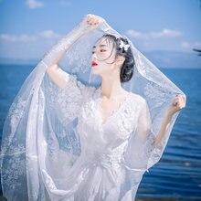 Женское пляжное платье белое кружевное с рукавом 3/4 треугольным