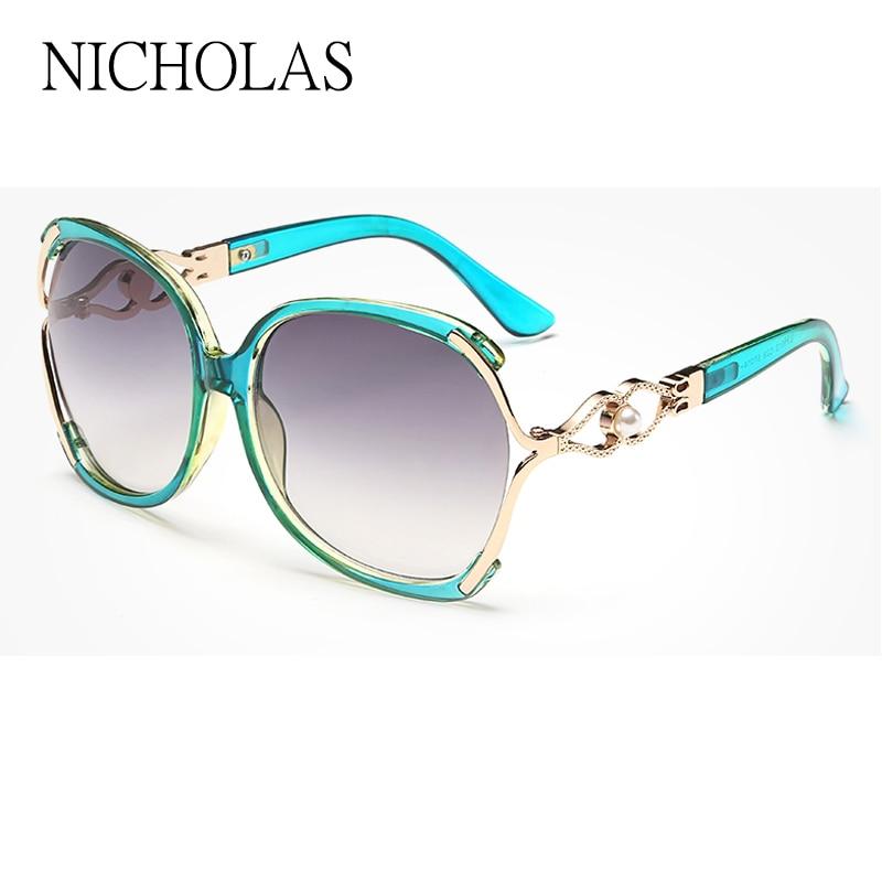 ... 2016 Nova Borboleta Óculos De Sol Das Mulheres óculos de Moda de Luxo  Partido Ponto Fêmea Óculos de Sol Óculos de Marca Tons de Grandes Dimensões  Ao Ar ... d5f4232e91