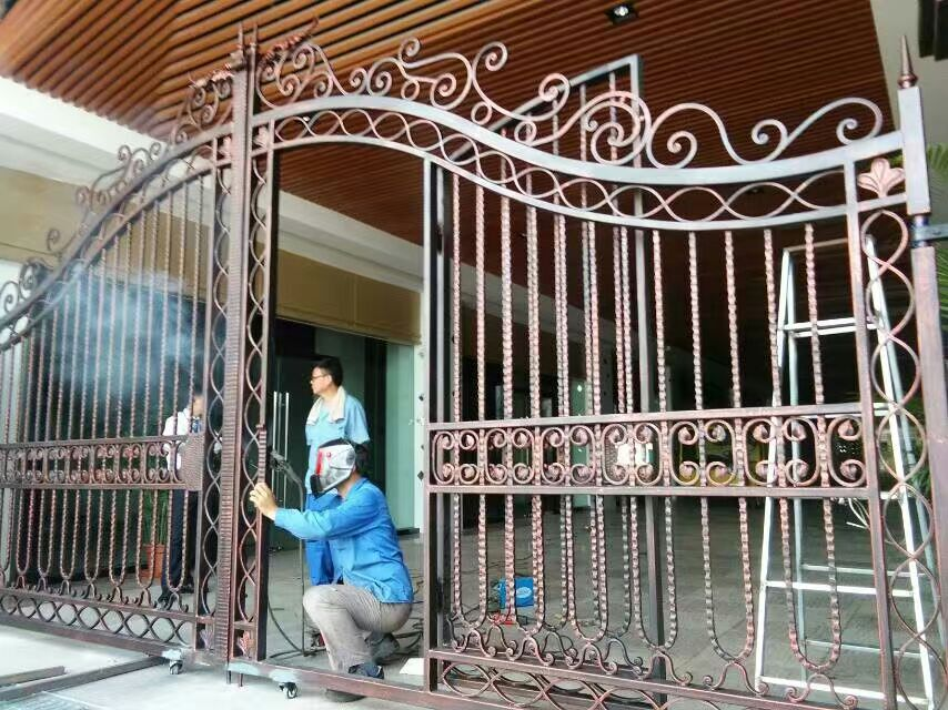 Shanghai China fábrica de producción de puertas de hierro forjado de ...