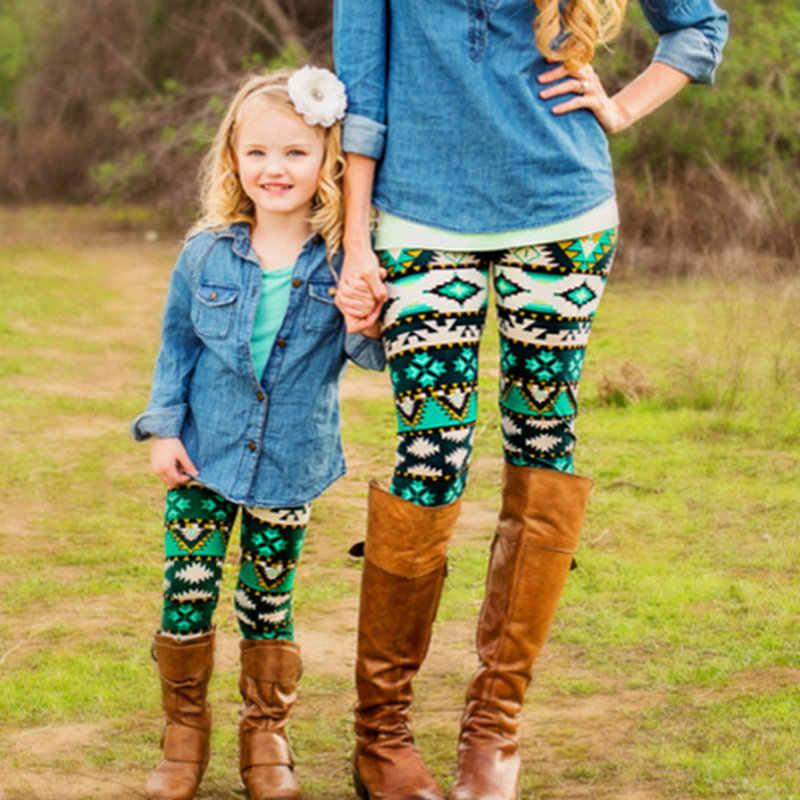 จับคู่พ่อแม่ลูกสาวลูกชายครอบครัวดูคริสต์มาสชุดนอนเสื้อผ้าแขนยาวลายปีใหม่Pijamasชุดผ้าฝ้าย