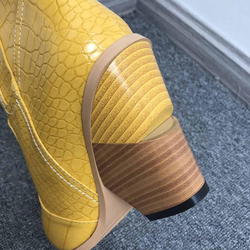 2020 sivri burun yarım çizmeler kadınlar için sonbahar kış batı kovboy çizmeleri kadın kama yüksek topuk çizmeler beyaz siyah sarı çizmeler