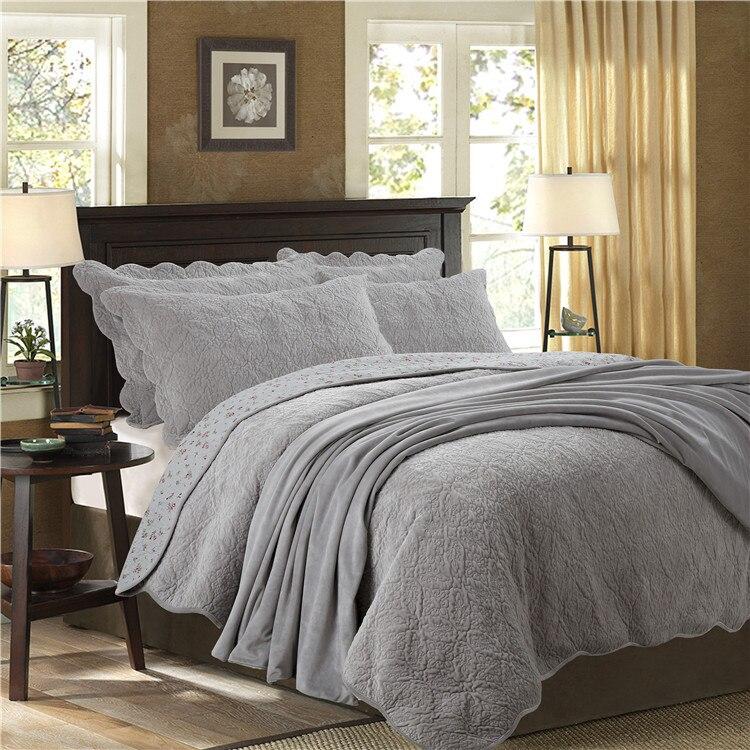 Queen Size Quilt Bedding Set Reversible 3 Pieces Quilt Coverlets Ultra Soft Fleece Warm Bedspread Pillow Shams Blue Gray Brown
