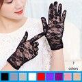 ( 7 colores ) de encaje sexy de protección solar guantes cortos mujeres fuera de protección solar del verano floral del cordón ahueca hacia fuera elegante de señora party guantes