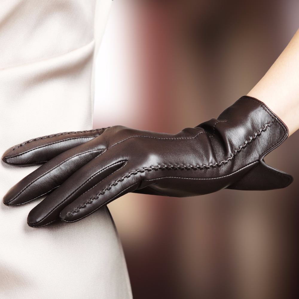 Ladies leather gloves designer - High Quality Elegant Women Genuine Lambskin Leather Gloves Autumn And Winter Plus Velvet Thermal Hot Trendy Female Glove 085
