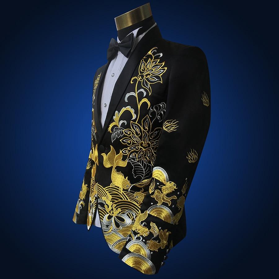 Dos homens de colarinho xale Vermelho Dois Peça de Ouro Bordado Ternos Calças Set Fino Fase Cantor Mostrar Trajes Jaqueta Preta (Jacket + Pants + tie) - 4