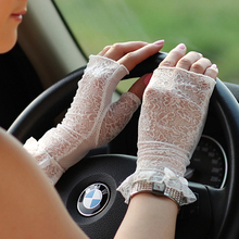 Hot! Women Sunscreen Gloves Female Summer Short Lace Ice Silk Fingerless Mittens Anti-UV Sun Driving Glove New Listing UV014D