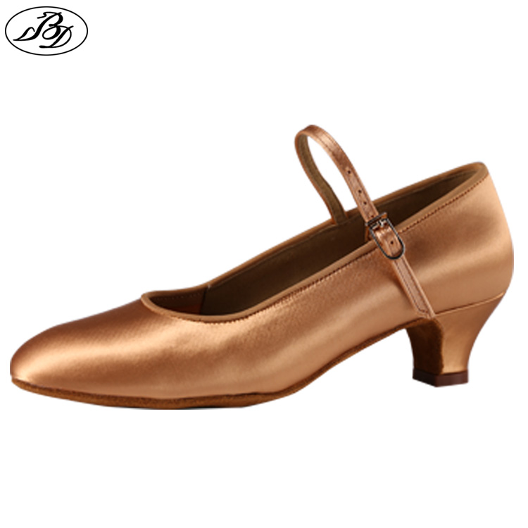 Girl Standar Dansskor BD 501 Satin Style Girls Ballroom Dance Shoes Modern Latin Dance Shoe Högkvalitativa barnskor