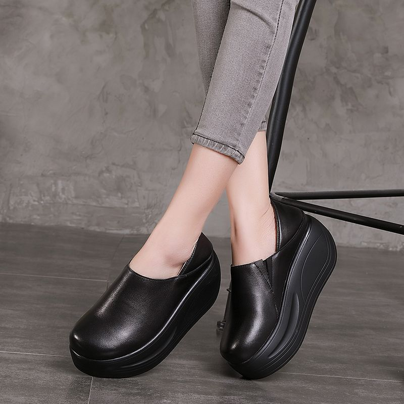 Tyawkiho Genuine Leather Women Pumps Black 7 CM High Heels Lazy Shoes 2018 Women Chelsea Boots Wedge Shoes Retro Handmade Pumps tyawkiho genuine leather sandals women summer shoes retro hollow out 7 cm high heels wedge set foot women leather sandals 2018