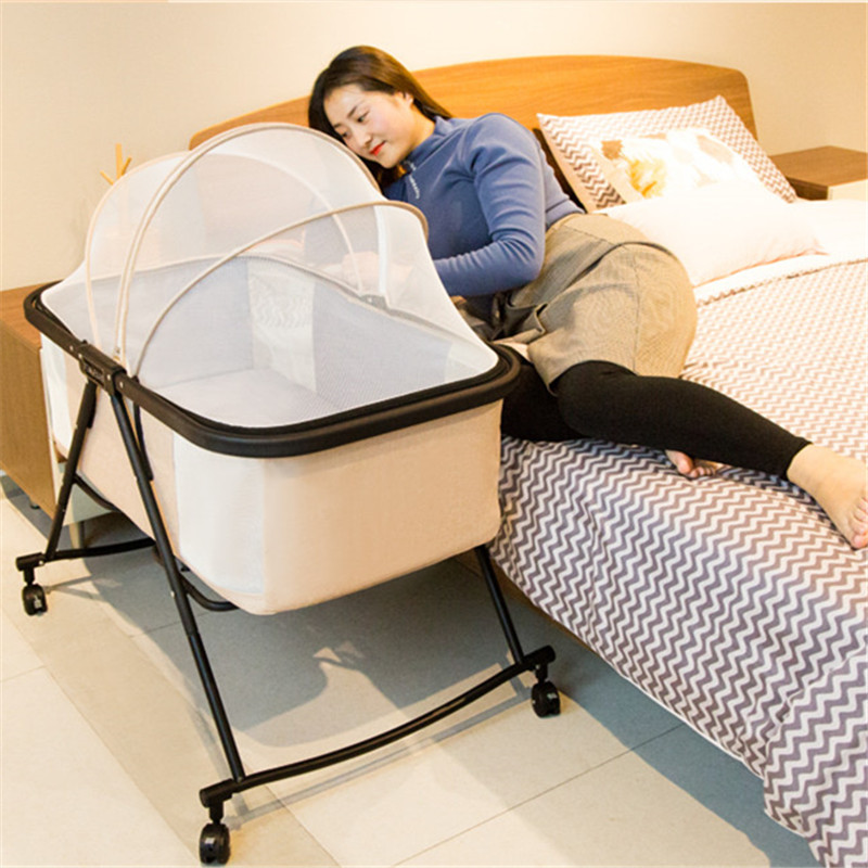 Foldable Baby Cot Portable Baby Bed With Roller Toddler Bed Baby Crib Mosquito Net Kids Infant Baby Safty Big Bed Travel Sleeper