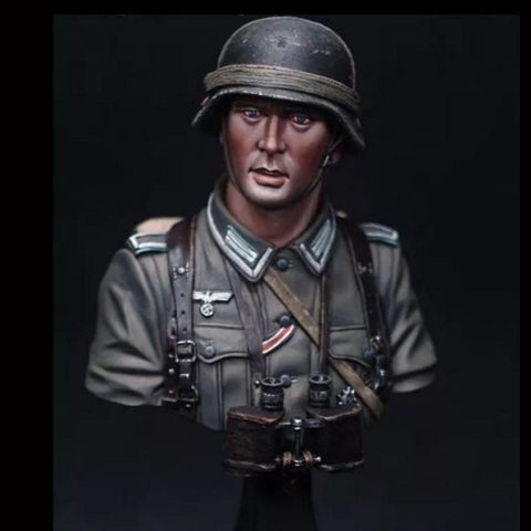 DIY 1/10 BUST Resin Figure Model Kit Character Model German Soldier War Film Character X109 image