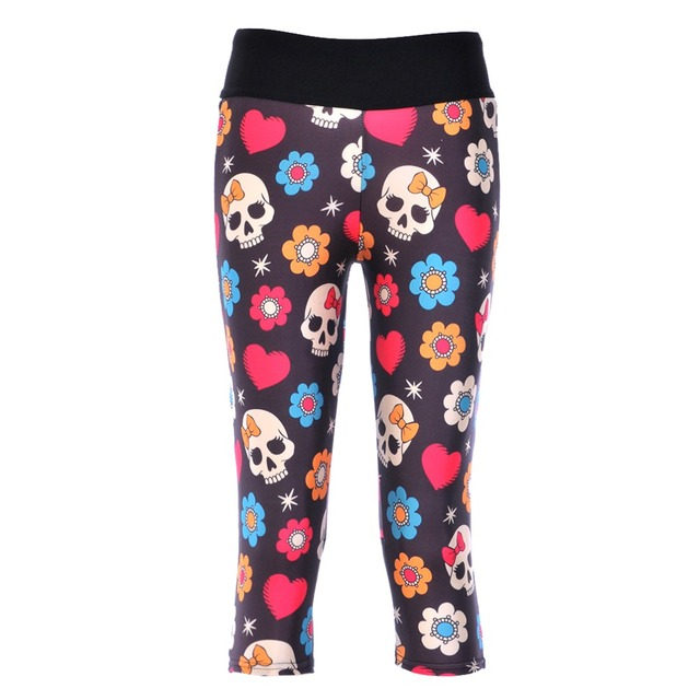 HEART FLOWER SKULL CAPRIS LEGGINGS