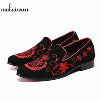 Mabaiwan Fashion Men Casual Shoes Black Suede Loafers Red Embroidery Slipper Wedding Dress Shoes Leather Handmade Flats 38 46