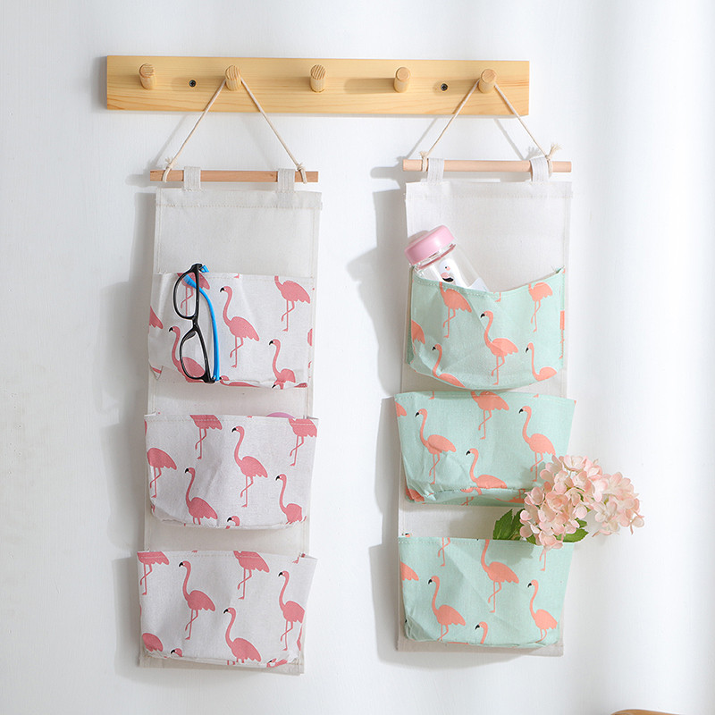 Flamingo Printing Storage Bag 3 Pocket Wall Mounted Wardrobe Hanging Bag Wall Pouch Cosmetic Toys Organizer Container
