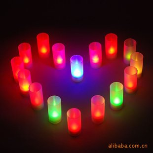 Праздничное освещение свеча, 7 цветов меняющаяся свеча, светится в темноте, вечерние игрушки