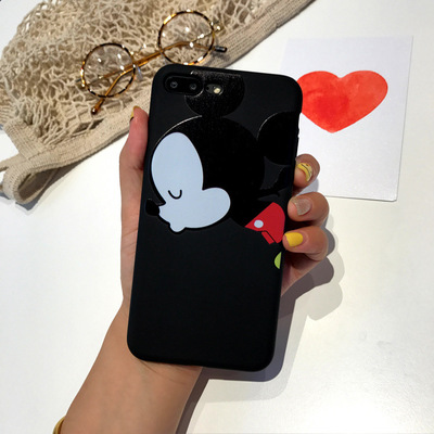 Cute Lovers Mickey Minnie Mouse Kiss Hard PC Phone Case For iphone 8 7plus 7 6 6s plus case Painted Funda Coque cover shell