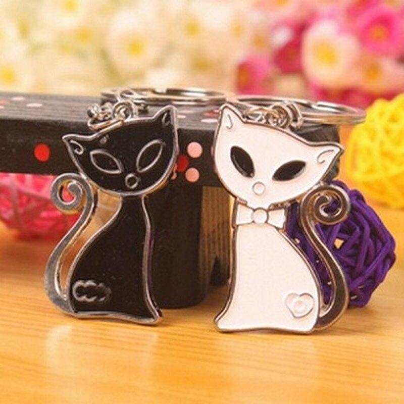 1 pair Fashion Black & White Cat Fox Pendants Keychain Rings Key Chain & Ring Holder Keyring Porte decoration Gift Men Women