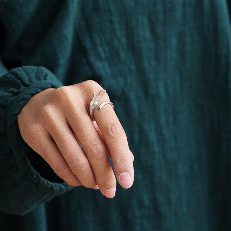 эксклюзивный! 925 стерлингового серебра ювелирные изделия ручной работы очень свежие красивая калла лили дизайн кольца для женщин гранат природный лучший подарок для девочки