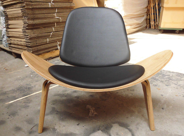 Exceptionnel Plywood Shell Chair/hans J Wegner Style Three Legged Shell Chair/garden  Chair