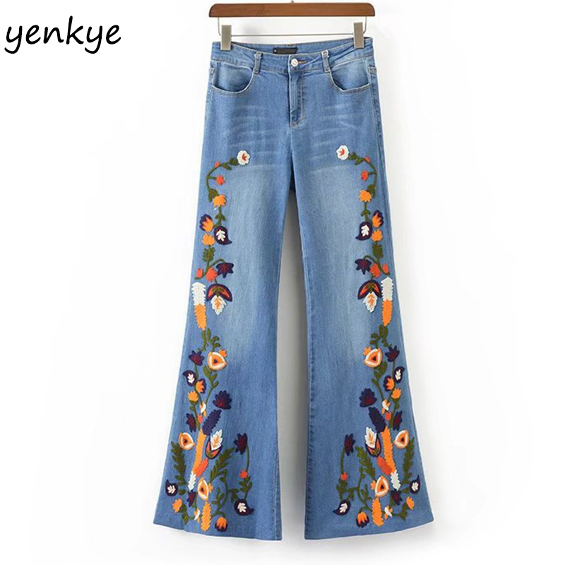 Spring 2018 Floral Embroidery jeans woman Casual Button Pockets Vintage Light Blue Denim Trousers European Fashion Flare Jeans wmwmnu flower embroidery jeans female light blue casual pants capris 2017 spring and summer pockets straight jeans women bottom