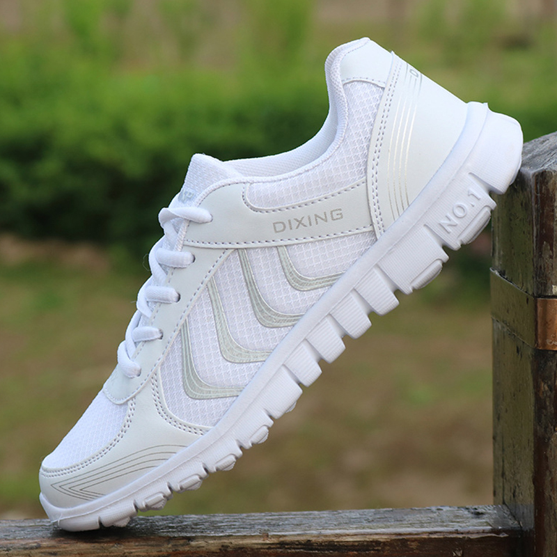 Women Shoes Super Light White Sneakers Women Vulcanize Shoes Soft Bottom Basket Femme Spring Summer Krasovki Women Casual Shoes