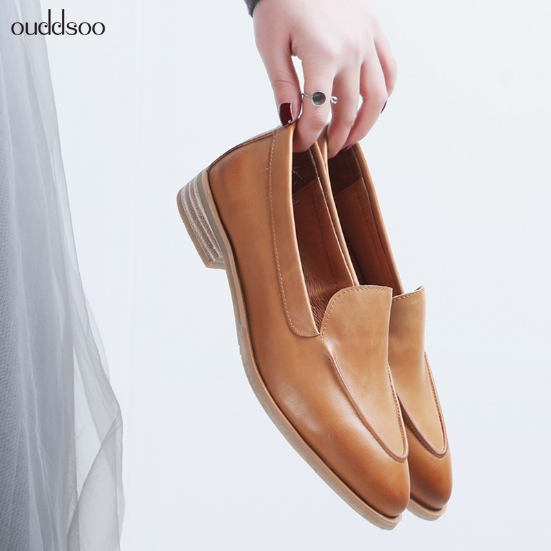Retro leather pointed Lok Fu shoes neutral smoking shoes one foot single shoes flat with small leather shoes women
