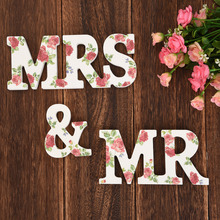 ''Mr & Mrs'' Wooden Letters Wedding Top Table Sign Gifts Decor With Flowers Colorful Standing Present Wedding Decor
