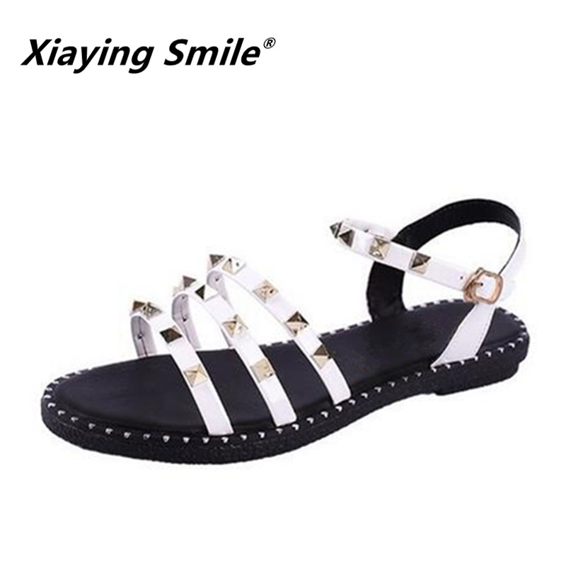Xiaying Smile 2018 New Style Rivet Women Shoes Roman Sandals Shoes Summer Peep-toe Flat Shoes Sandalias Mujer Casual Sandals gladiator women s sandals 2018 summer new casual shoes women s shoes european roman style zipper bag with flat women s sandals