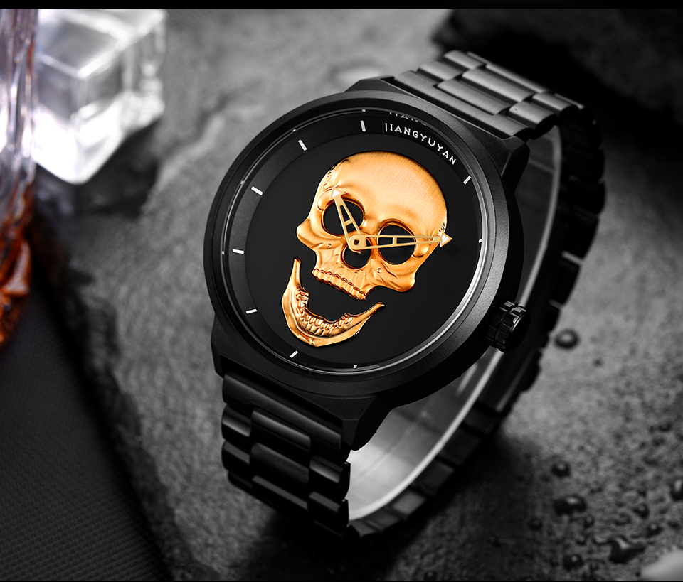 1739-960_05  2018 Scorching Pirate Punk 3D Cranium Males Watch Model Luxurious Metal Quartz Male Watches Retro Trend Gold Black Clock Relogio Masculino HTB1NzgvXEz