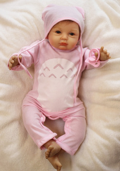 wholesale Cute BeBe Reborn Doll PP Cotton Body 55cm Silicone Reborn Baby Dolls Lifelike Newborn Baby Gift Juguetes Babies Toys 2016 new 22 55cm simulation baby dolls silicone baby dolls baby reborn babies kids toys newborn for kid brinquedos best gift