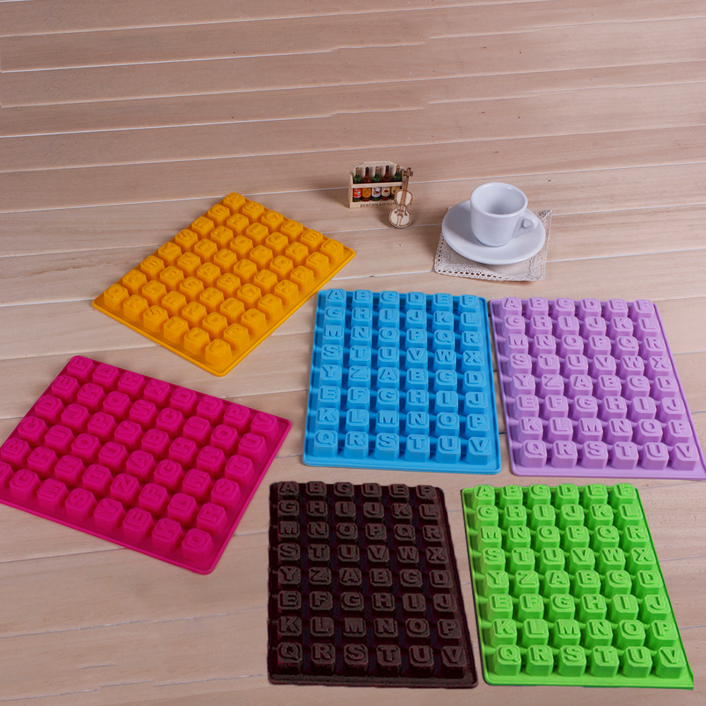 Hot selling Silicone Forms English Alphabet Letters DIY Chocolate Mould Ice Cube Tray Color Random