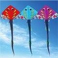 O envio gratuito de alta qualidade pipas de peixes de grande porte 5 pçs/lote com linha pega brinquedos ao ar livre voando polvo weifang kite factory atacado