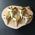 WT-P855 Wholesale 5pcs Big Shark Tooth Pendant natural shark tooth 24k gold plated 20*25mm big shark tooth pendant gold Jewelry