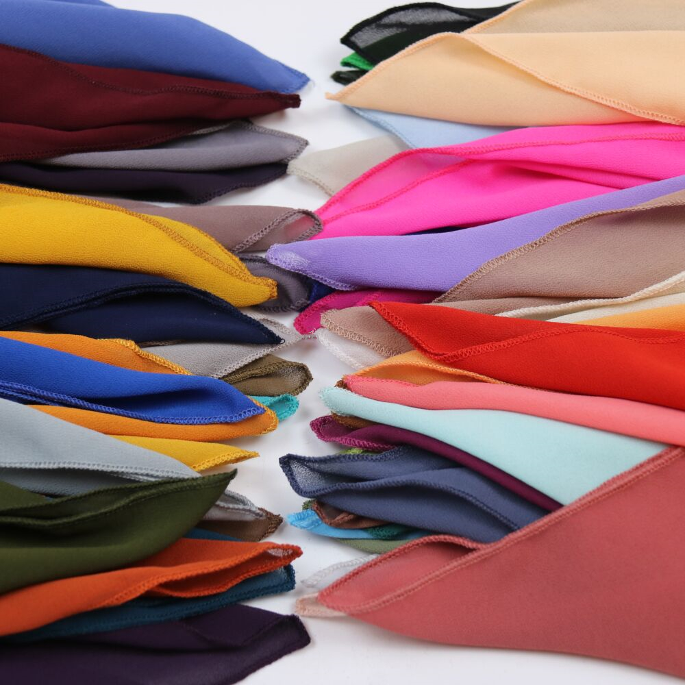 HOT SALE High Quality 48Nice Color plain bubble chiffon Small square scarf popular muslim hijab head wear fashion women mocketer