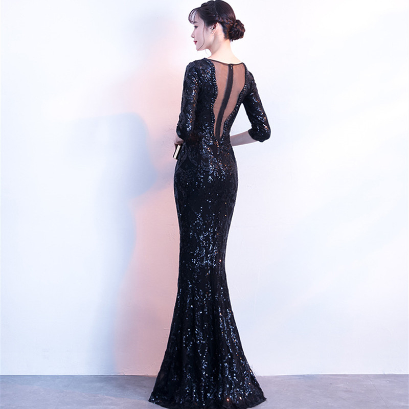 It 39 s Yiiya Evening dress Sequined V neck long sleeves party gowns Crystal Floor length zipper back Mermaid Prom dresses C184 in Evening Dresses from Weddings amp Events