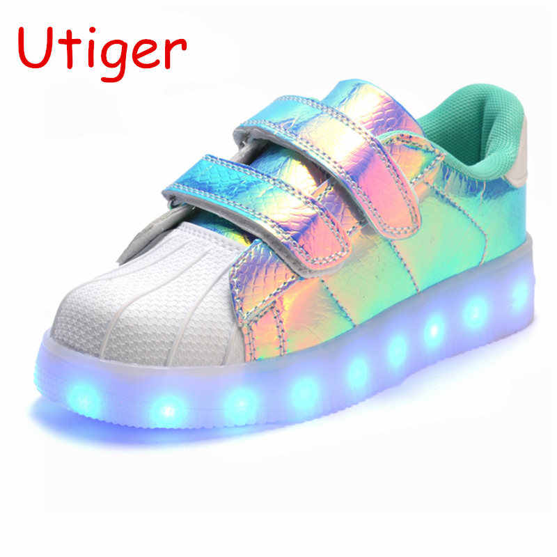 Glowing LED Kids Sneakers Boy girl Shoes with light  Fashion Luminous Lighted Colorful LED lights Children Shoes Casual Flat