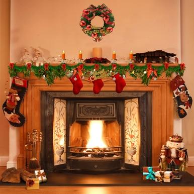 10x10ft Room Garland Candles Boots Fireplace Nutcracker