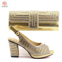 Latest Golden Col Nigerian Shoes and Matching Bags Sales In Women Shoes and Bag Set Italian Shoes with Matching Bags for Party