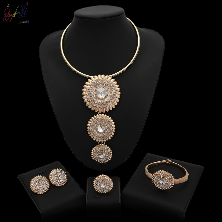 Cut Rate Most Selling Products Indian Wedding Accessories Young Girl