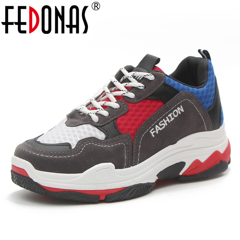 FEDONAS 2018 New Women Sneakers Flat Travel Shoes Lace Up Platform Creepers Female Casual Flats Ladies Shoes Woman instantarts casual women s flats shoes emoji face puzzle pattern ladies lace up sneakers female lightweight mess fashion flats