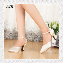 Ruffles White Ballroom Dance Shoes Latin Dancing Shoes Woman Salsa Shoes Ladies Customized Heel