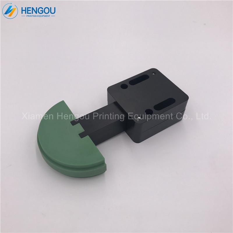 2 pieces spare parts for heidelberg SM74 SM52 Printing Machine Chain Stretcher 00.580.3869 Heidelberg green color parts цена
