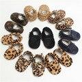Оптовая продажа ручной Конский волос Кожа Детская обувь Детские Мокасины Leopard Первые Ходунки Bebe Мягкое дно новорожденных обувь