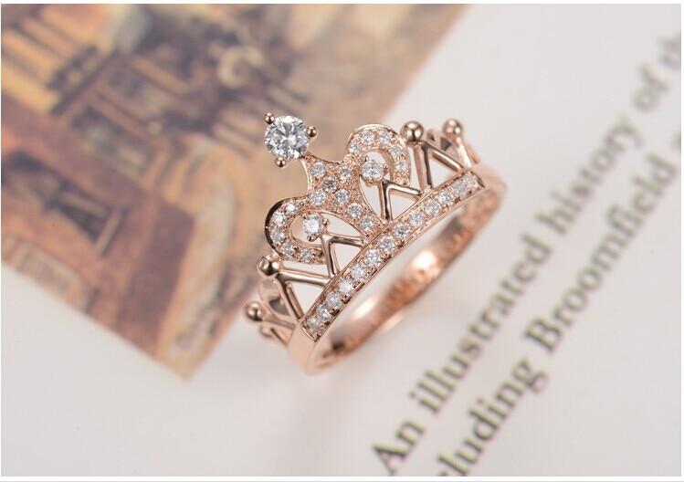 Vintage Rose Gold 14k Crown Style Subtle lovely Diamond Women