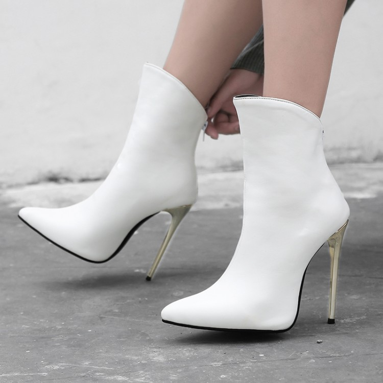 Big Size 11 12 13 14 15 16 17  Ladies with slender heels make the ankle boots look slim and stylish with zipper backBig Size 11 12 13 14 15 16 17  Ladies with slender heels make the ankle boots look slim and stylish with zipper back