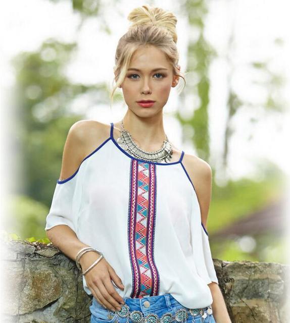b7dd3d071 Lojas de moda quente Mulheres Brancas Blusas de Chiffon Senhoras Impresso  Fora Do Ombro Camisas Encabeça