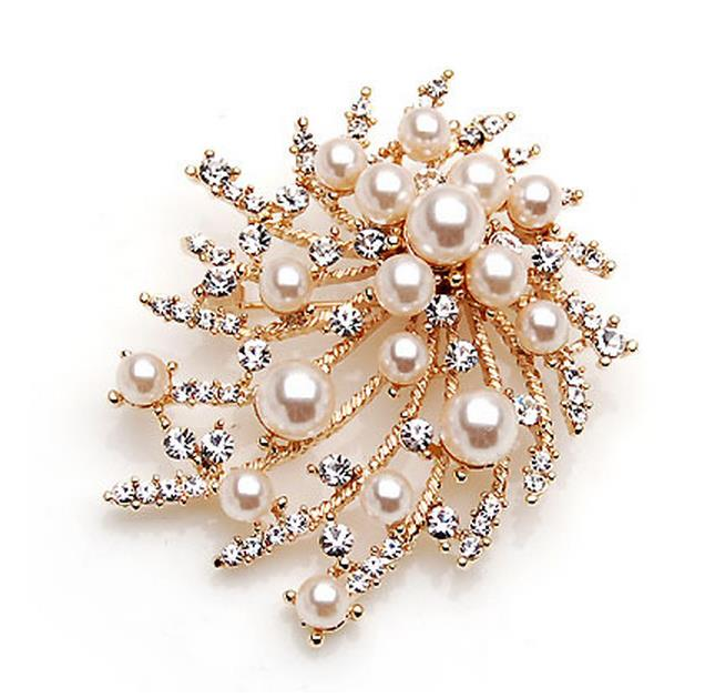 Pearl flower brooch New pin chain.scarves buckle ring corsage
