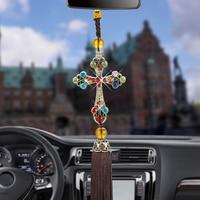 Voiture pendentif jésus croix voiture rétroviseur suspendus décorations strass magnifique gland Style Automobiles Auto accessoires