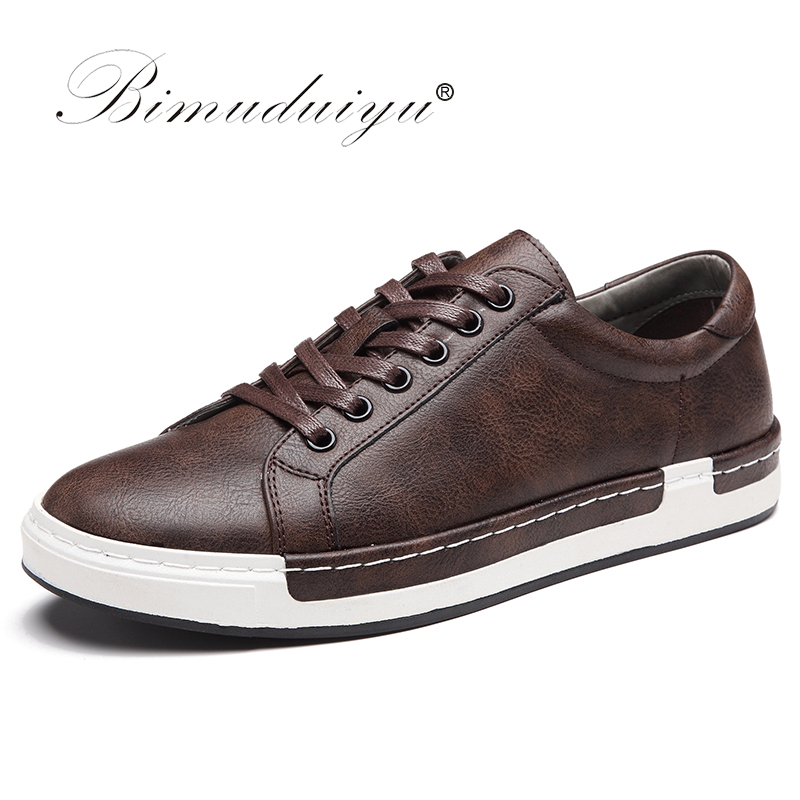 BIMUDUIYU Autumn New Casual Shoes Mens Leather Flats Lace-Up Shoes Simple Stylish Male Shoes Large Sizes Oxford Shoes For Men stylish men s casual shoes with metal and lace up design