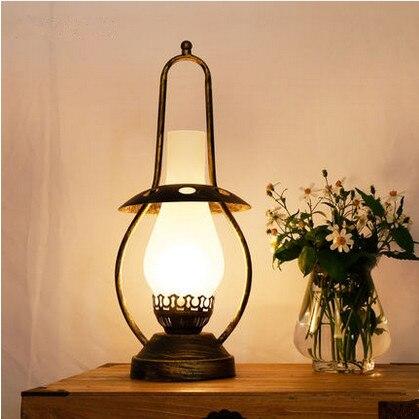 European retro bronzing lamp base frosted glass Table Lamps Antique kerosene lamp E27 LED iron lamp for bar&bedside&foyer LDK021