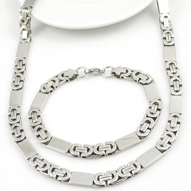 High Quality Bold Style Silver Set